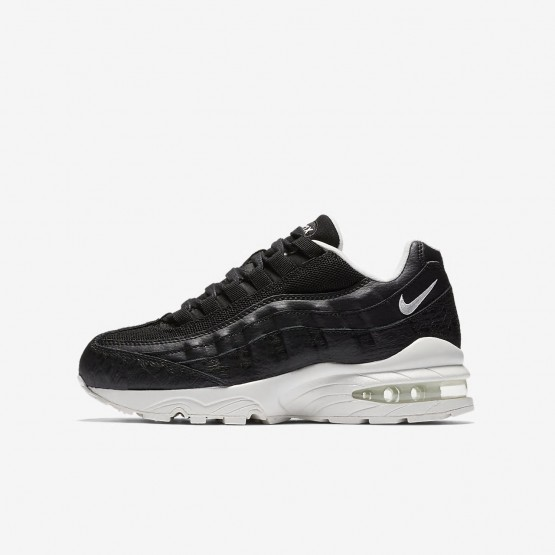 Boys Black/Summit White Nike Air Max 95 SE Lifestyle Shoes 548UWGVQ