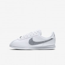 Nike Cortez Basic SL Lifestyle Shoes For Girls White/Gunsmoke/Atmosphere Grey 808UAKVO