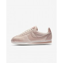 Womens Particle Beige/Metallic Gold/Particle Pink Nike Cortez SE Lifestyle Shoes 819WGQZH