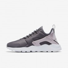 Womens Gunsmoke/Particle Rose/White/Vast Grey Nike Air Huarache Ultra Lifestyle Shoes 848XOFKG
